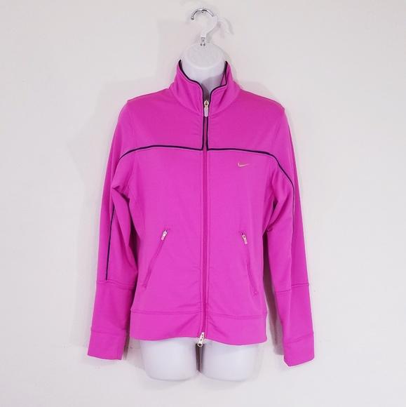 87c1b530ccde66 Vintage Nike Workout Jacket. Nike. M 5ca7cdef689ebc67fbb03bb0.  M 5ca7cdfc9ed36dab7e681754. M 5ca7ce0619c1575a0b6717cb.  M 5ca7ce0e8d6f1a04b3f2b9db